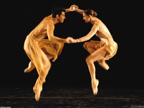 ballet_dancers_1600x1200