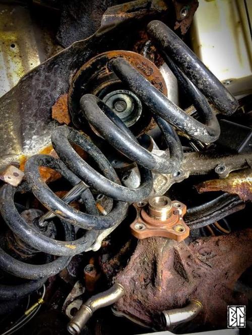 Car bits beast BL