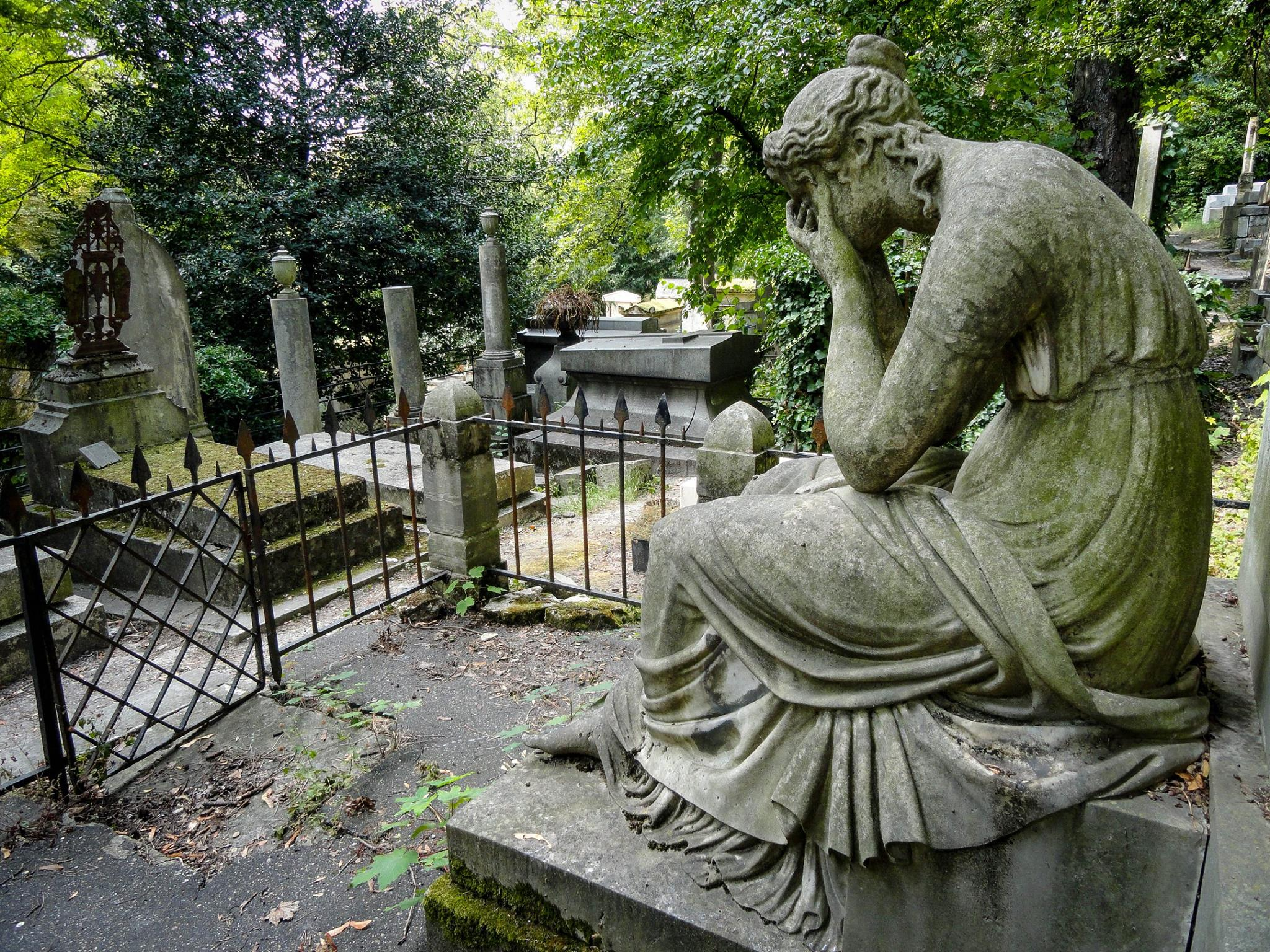 Weeping in the cemetary .jpg
